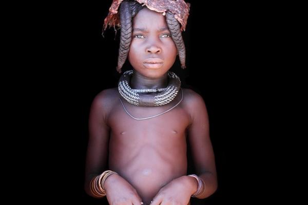 02-namibia-himbaAD9567AE-4091-B8CD-5F10-3C067E7867ED.jpg